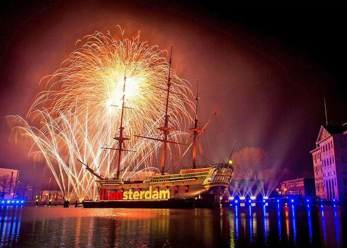 Новогоднее шоу в Амстердаме